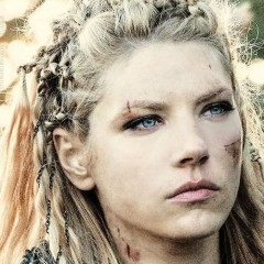 Why Lagertha From 'Vikings' Looks So Familiar