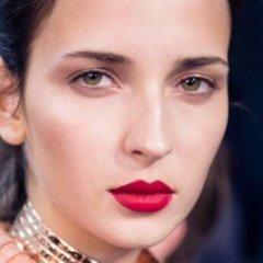 How to Wear Matte Lipstick When Your Lips Are Dry