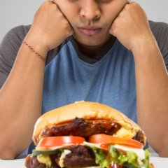 What Happens to Your Body When You Eat Only Fast Food