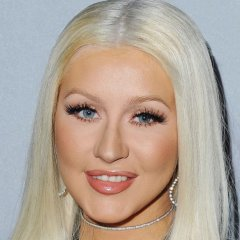 Christina Aguilera Backs Up Lady Gaga Against R. Kelly