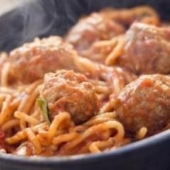 16 Scrumptious Ways To Use A Jar Of Pasta Sauce